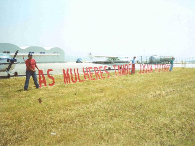 Fora de Campo - 2004
