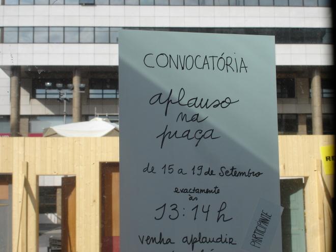 convocatórias - Praça D. João I, photo by Cristiana Rocha