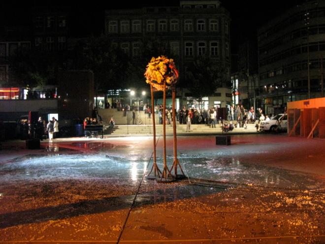convocatórias - Praça D. João I, Plastisfério