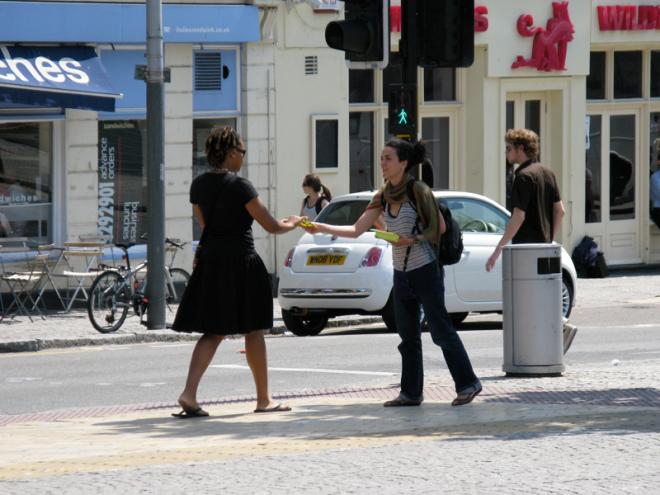 24/07/08 on surveillance - Centre Promenade coner with Baldwin Street, photo by: Anouk